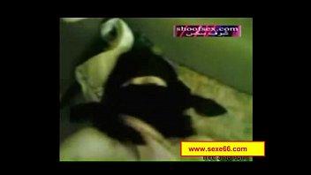 jeune teenie pervertie par une gouine cougar aux.