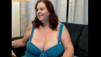mature girl demonstrate melons cam