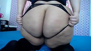 gorda rabuda peidando