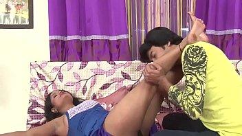 actress nip demonstrate thru tansparent brassiere supah hot.