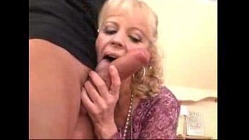 mature steaming mommy gets hetero and.