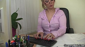 he romps nasty mature office gal