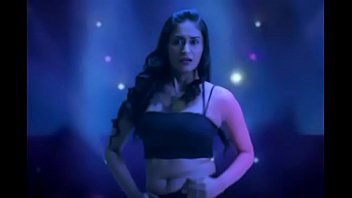 alisha khan abdomen button wiggle