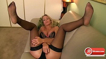 voluptuous cougar ash-blonde nylon feet jerk.