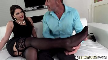 rectal hump and feetjob with valentina.