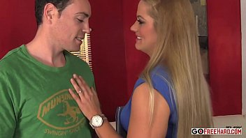holly heart gets finger-kittled and plowed by romeo price