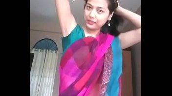 fantastic bahbi flashing her nice underarms