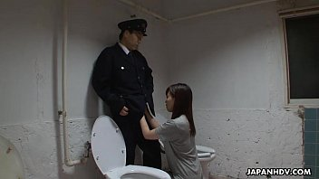 japanese prisoner gargling off the guard039_s.