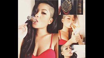 smoking cigar 2 fumando charuto 2