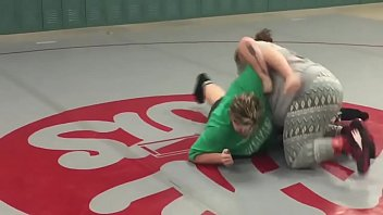 moms grappling - bitly2sqjhdy