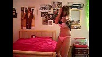 woman undressing in room - spankbangorg