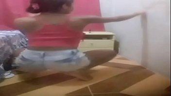brasileira danccedil_ando funk 04