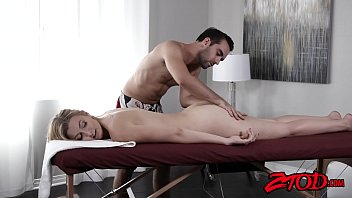 fantastic alexa grace wants something exclusive from her masseuse