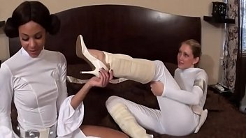 crazyamateurgirlscom - starlet wars foot fetish.