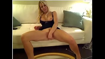 blondie hotty flash busts first-ever time on cam.