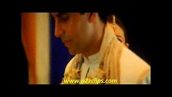 akshay and karishma kapoor in honeymoon song ek rishta