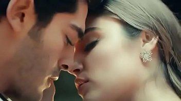 Murat &amp_ Hayat First Kiss