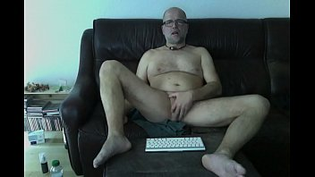 webshow with rectal finger-kittling and ejaculation