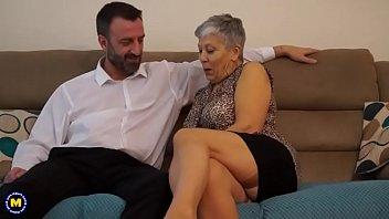 brit mature woman penetrating and gargling