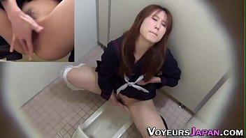 peeing chinese wanks