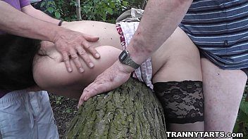 public romp and outdoor hookups with transvestites and crossdressers
