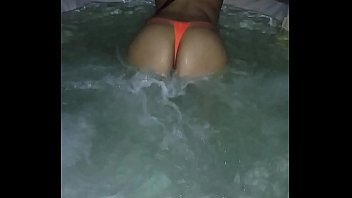 stunning wifey bouncing her rump in.