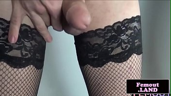 solo femboi dildoing her pooper deeply