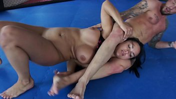 nude battle of the sexes - female in.