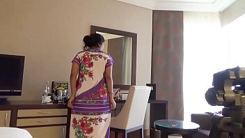 indian wifey kajol in motel utter nude demonstrate.