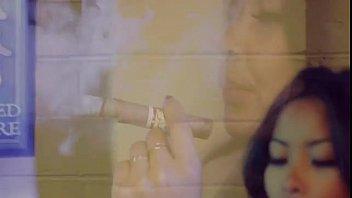 instagram doll smoke cigar