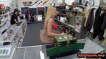 hefty bumpers unexperienced blond stunner sells her tiara.