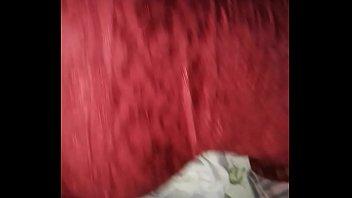 putita de vestido rojo se clava en mi verga