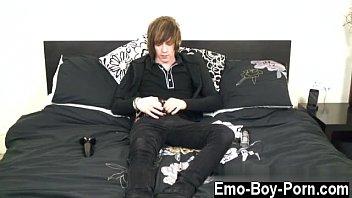 warm twunk homo boy oral sensation at school.