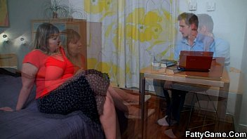 plus-size lures her psychologist