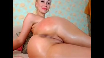 silver-blonde with ample rump faps on webcam -.