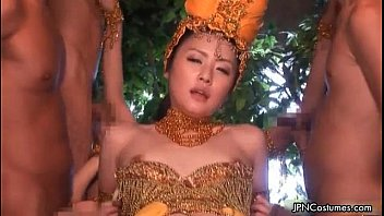sumptuous japanese costume have fun woman.