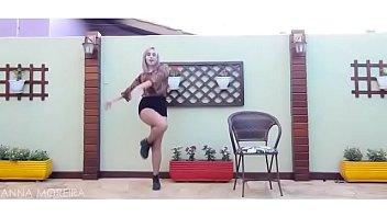sunmi leading lady dance glaze by anna moreira.