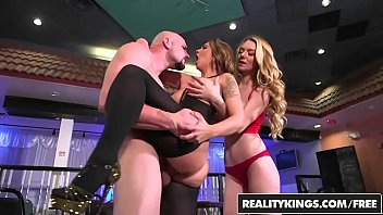 realitykings - cash chats - jmac layla london.
