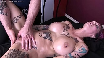 anna bell peaks gets glamour rubdown and glad completing