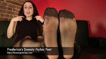 frederica039_s sweat-soaked nylon feet - wwwclips4salecom898315683468