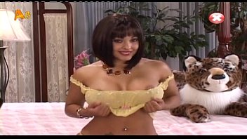 who is she - - brunnette cougar with.