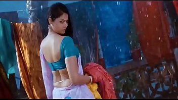 best south indian actress humid hips saree in.