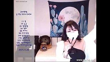 korea web cam blowjob 1302181001
