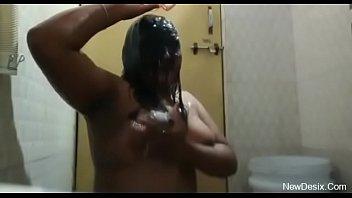 desi babhi steaming self grabbed bathtub