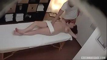 diversatilde_o com massagista tesatilde_oacesa nosso site pra ver.