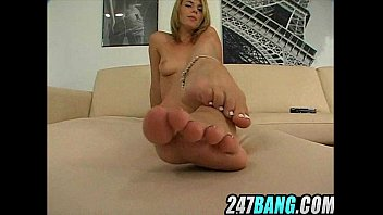 i juices on lexi belle039_s feet.