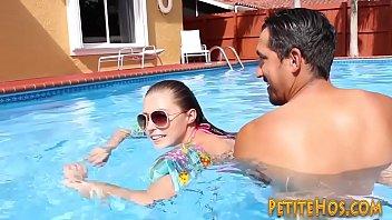 lil' fledgling railing swim instructors knob.