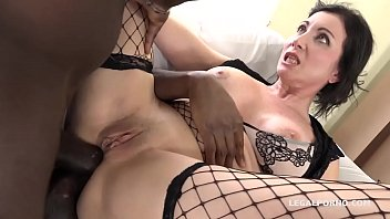 italian cougar sissy neri takes all the yam-sized.