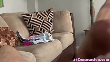 ponytailed nubile first-ever-timer fapping jizz-pump