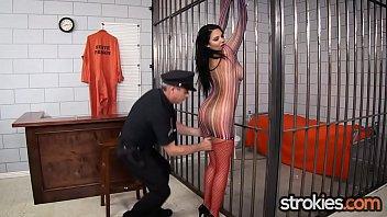 thick boob latina missy martinez gives hand job.
